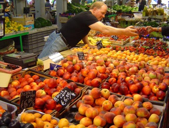 fruits légumes vendeur