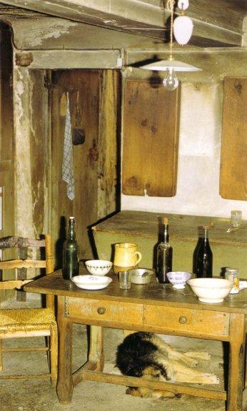 intérieur pour un repas de fête ou de chasse