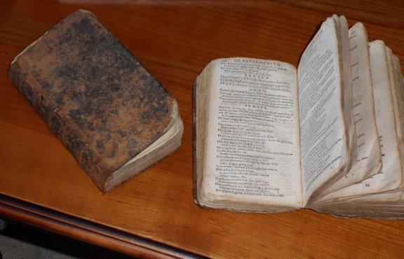 les deux livres 1711 et 1666
